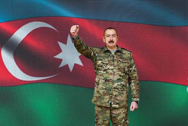 Turkiga iyo Azerbaijan oo looga dabaaldegay Jabkii Armenia (Heshiis Armenia isku dhiibtay oo la saxiixay)