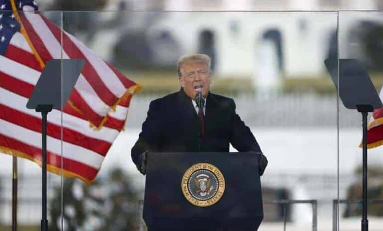 Trump oo hoggaaminaya Bannaanbax  uu ku diidan yahay Doorashadii looga guuleystay, kuna sii jeeda xarunta…