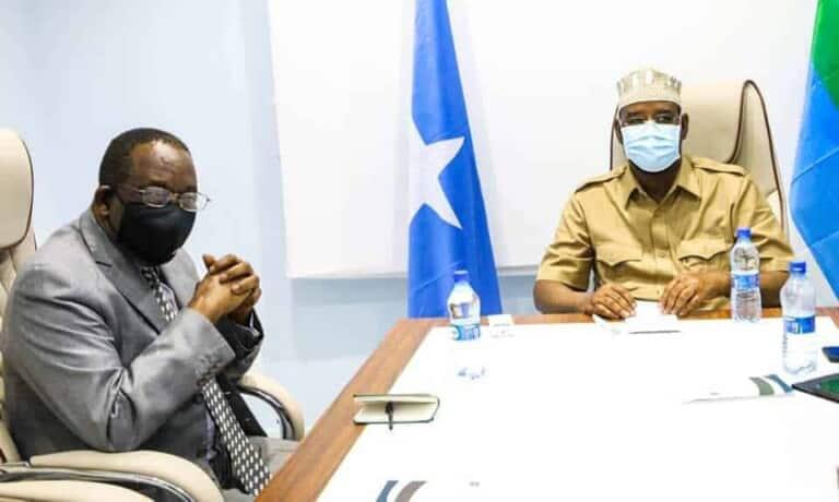 Axmed Madoobe oo wakiilka Midowga Afrika ka dalbaday inay ciidamada AMISOM sugaan Amniga Goobta…