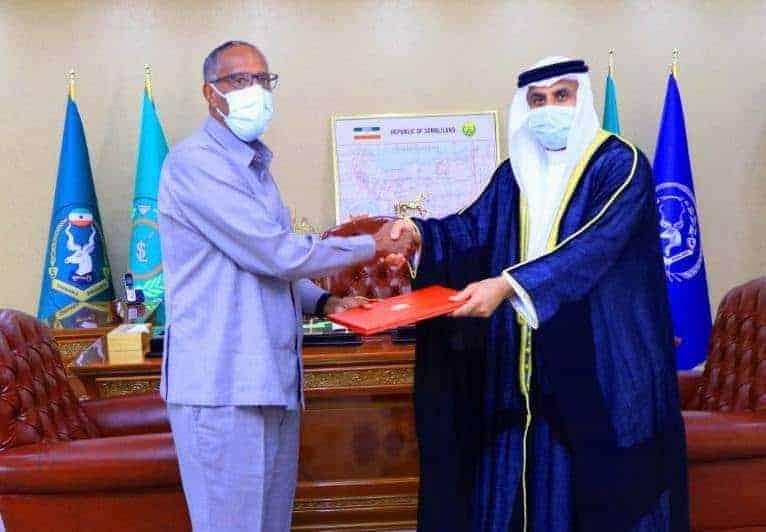 Wakiil Dowladda Imaaraadka u magacawday Somaliland oo waraaqaha Aqoonsiga laga guddoomay