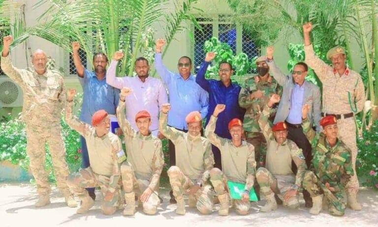 Saraakiil ka Goosatay Ciidamada Gorgor ee dowladda Somaliya oo isu dhiibay Maamulka Puntland (Sawirro)